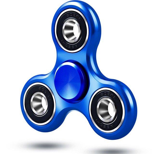 modrá hračka