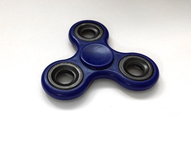 fidgit spinner hračka
